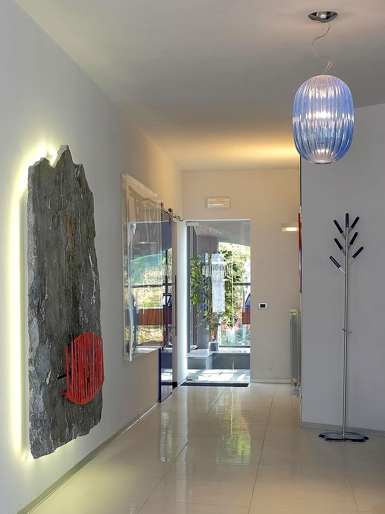Aldebaran Biella - esempio per illuminare logo Acqua Lauretana