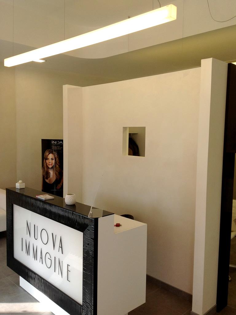 Aldebaran - Realizzazioni Parrucchiera Nuova Immagine di Biella per illuminare il bancone